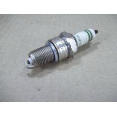 Свеча зажигания DF =DL Bosch 0241235705