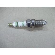 Свеча зажигания V+E DJ+PD Bosch 0241235697
