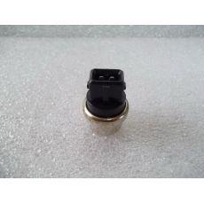 Датчик температуры (черный квадратный) BERU ST115