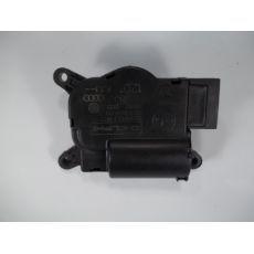Мотор заслонки печки задний VAG 7H0907512B