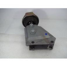 Подушка КПП лев. гидравлический привод сцепления VAG 7D0399107AD