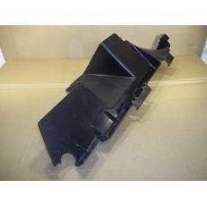 Воздуховод радиатора прав. VAG 7L6121334D