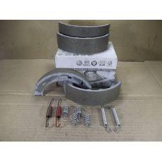 Колодки ручника 28-35 VAG 2D0698525