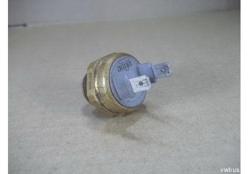 Датчик на радиатор 2 контактный 90 95С Hans Pries 123.10