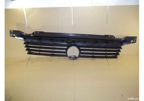 Решетка радиатора верхняя Caravelle черная VAG 7D0853653A01C