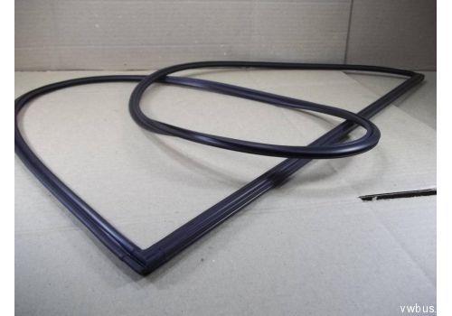 Резинка для стекла распашной двери VAG 701845521