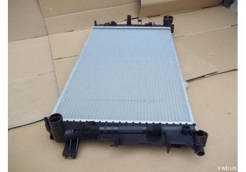 Pадиатор системы охлаждения Nissens 67156A