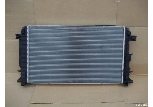 Pадиатор системы охлаждения VAG 2E0121253A
