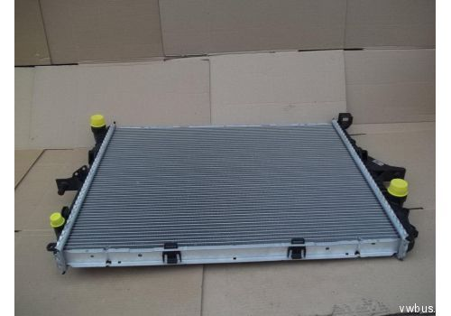 Радиатор (710x551) Behr-Hella 8MK376718-791