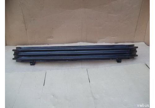 Усилитель бампера  PVW44023A