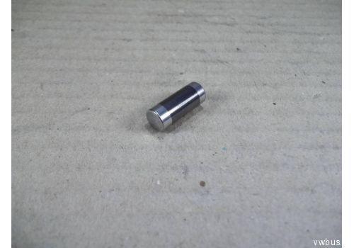 Болт крышки подшипника Bosch 2463100002