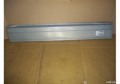 Железо напротив сдвижной двери низкое  P417111M