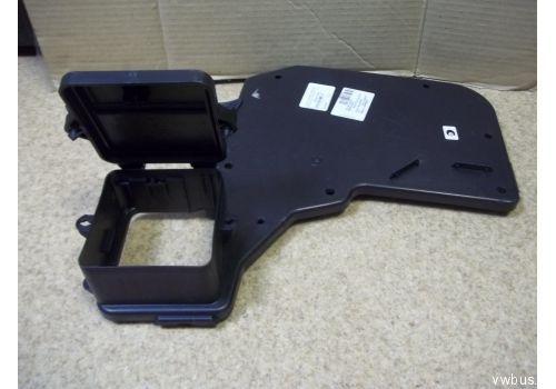 Коробка предохранителей верхняя VAG 7E0907300A