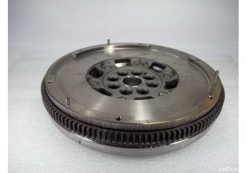 Маховик 2,5TDI AXE LUK 415025110