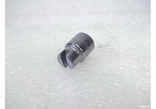Распорка задних тормозных колодок гильза VAG 2D0609206
