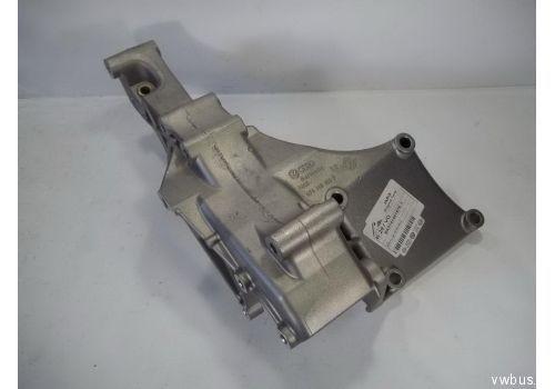 Кронштейн генератора VAG 074145167E