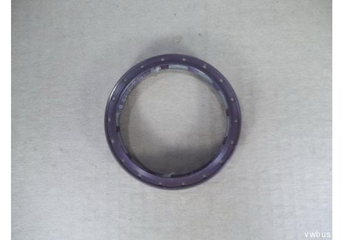 Сальник ступицы задней LT-28,35 Elring 016.620