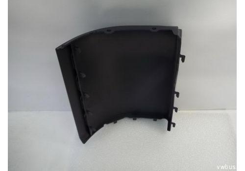 Накладка над задний бампер Фольксваген Т5 прав. VAG 7H0807322AGRU