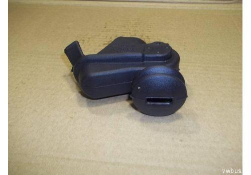 Пыльник КПП на вилку сцепления VAG 02A141728