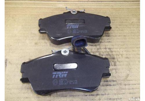 Колодки тормозные передние 70-Y000001- 15Girling с дат. TRW GDB1367